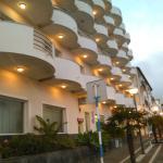 Vorderseite Hotel