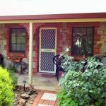 'Standish' Cottage