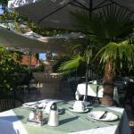 Villa Giardino breakfast patio