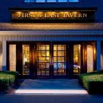 Billede af First & Last Tavern