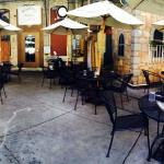 Cannova's Pizzeria and Fine Italian Dining