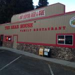 The Bear House Family Restaurant Foto