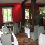 1ère salle/cheminée restaurant