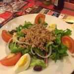 salade niçoise (entrée)