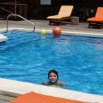Una piscina que se agradecía después de las excursiones