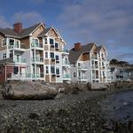 Tides Inn - Waterfront property