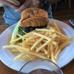 Trident burger