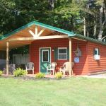 Rocky Mountain Cabin - Sleeps 4 - PET FRIENDLY!
