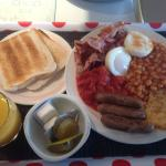 The full breakfast at Strathearn Motor Lodge (my fault, the bean juice on the egg!)