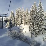 Sunny, snowy Oberlech