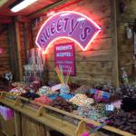 best sweet shop ever ! #les2alps