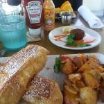 'Coast Toast' and Crab Cake