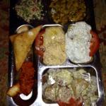 Mezze sharing platter x