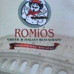 Foto de Romios Greek and Italian Restaurant