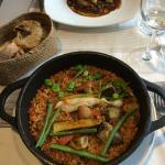 Rice with dryed peppers, artichokes and razor clams