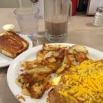green chili and cheese omelette with cinnamon roll toast