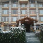 Hotel & grounds
