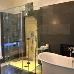 Lovely bathroom - and completely private!