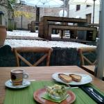 Un desayuno en la terraza. Impresionante!