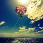 الإبحار بالمظلة والطيران المظلي