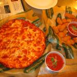 Appetizer Personal Size Pizza Dipping sauce with Cheese Curds