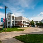 Motel 6 Bloomington-Normal