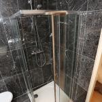 Our bathrooms / nos salle de bain