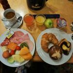 私が食べた朝食ヴァイキングです。