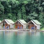 Houseboats @ Khao Sok