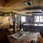 Voilà une photo à 360° de la salle du restaurant