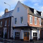 The Tudor Rose Hotel