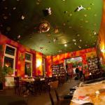 Interior do Pub do Hostel
