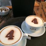 2 cappuccino's.