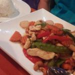 Stir-Fried cashew nuts chicken