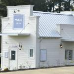 Mojo sits on the West side of HWY 101 as you enter Lincoln City.