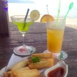 Spring rolls and cocktails while waiting for the sunset