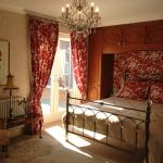 Dorchester Superior Room