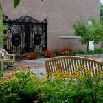Pimlico Gate Museum Garden