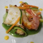 Insalata di mare con verdurine croccanti