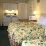 Two Double Beds Kitchenette no Balcony