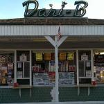 Front view of Dari-B Drive-In