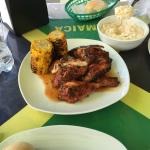 Foto de Ferron's Jerk Chicken