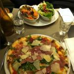 pizza et gratin de pates aux légumes frais!!