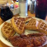 Popi's Chicken & Waffles