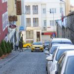 La calle que va al otro edificio del hotel Ada, alli nos alojamos