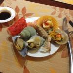 Ужин из морепродуктов.