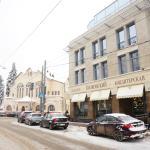 Вид на кафе с улицы Ульянова
