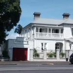 ponsonby manor