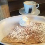 Classic crepe with a latte