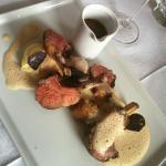 Variazione di carrè di agnello su purè di patate e schiuma di tartufo